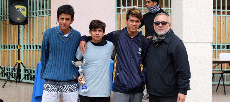 Sebastián Ogalde fue el ganador de la 11ava maratón del liceo Carlos Mondaca