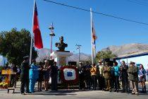 Establecimientos educacionales e instituciones de Vicuña dieron homenaje a las Glorias Navales