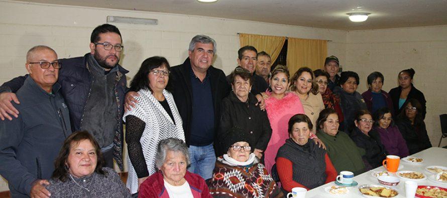 Nuevo club de adulto mayor se presentó en población Los Andenes de Vicuña