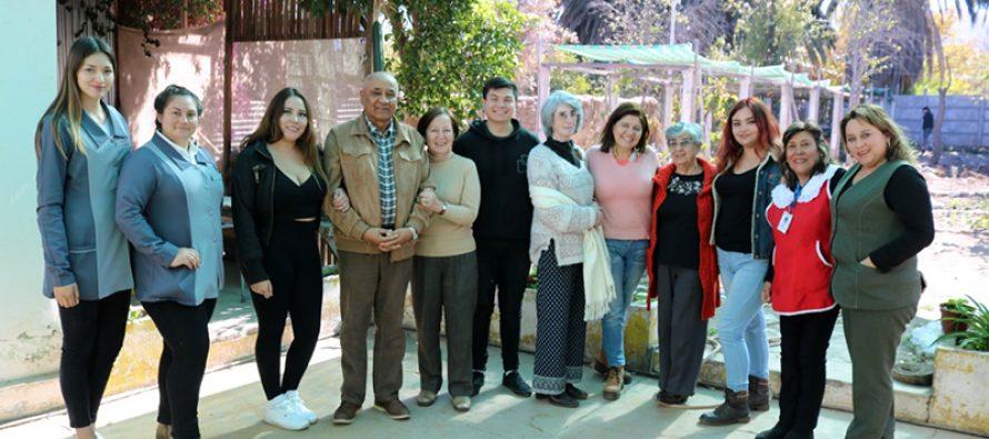 Asesores seniors de Vicuña reciben apoyo de capacitación en el área psicosocial