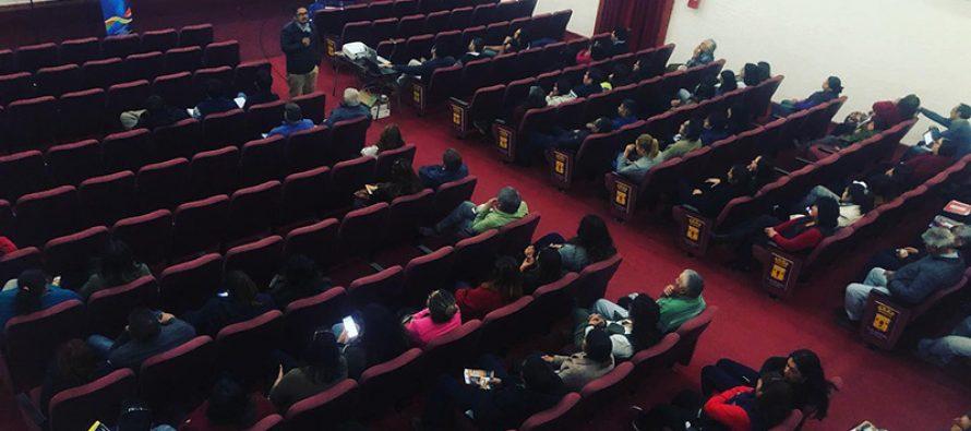 Funcionarios municipales de Vicuña reciben información sobre acciones previas al eclipse