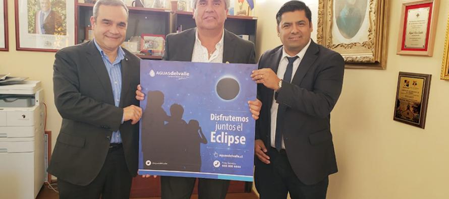 Aguas del Valle presenta en Vicuña plan especial por eclipse de sol