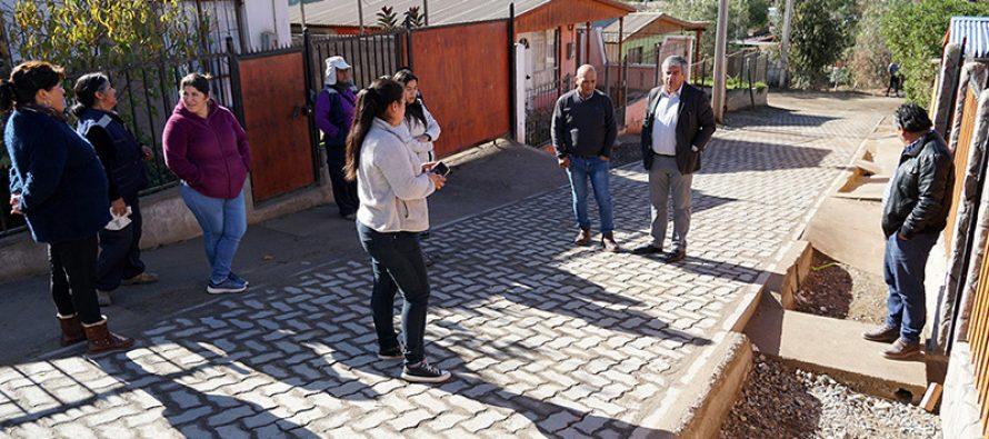 Población La Viñita de Nueva Talcuna logra pavimentación a través de trabajo en conjunto
