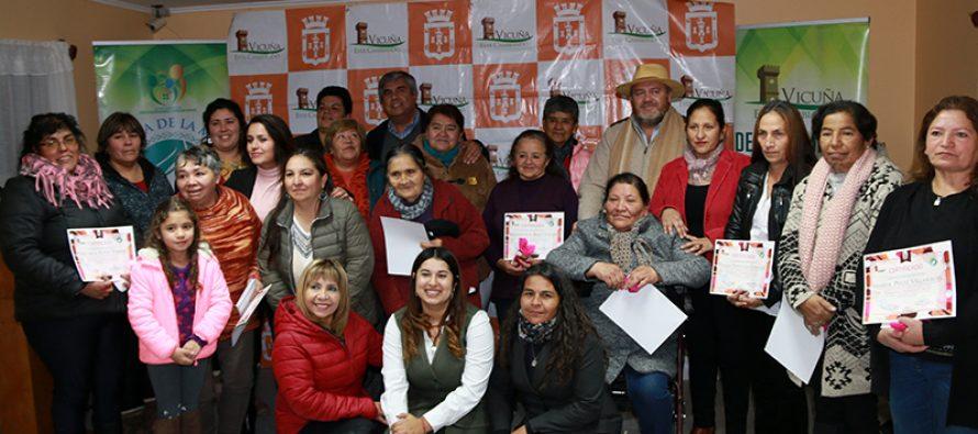 Un total de 16 mujeres de Diaguitas se certificaron en taller de creación de jabones
