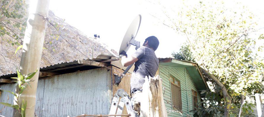 Vecinos de Huanta cuentan con televisión digital gracias a la implementación de 80 kits de tv
