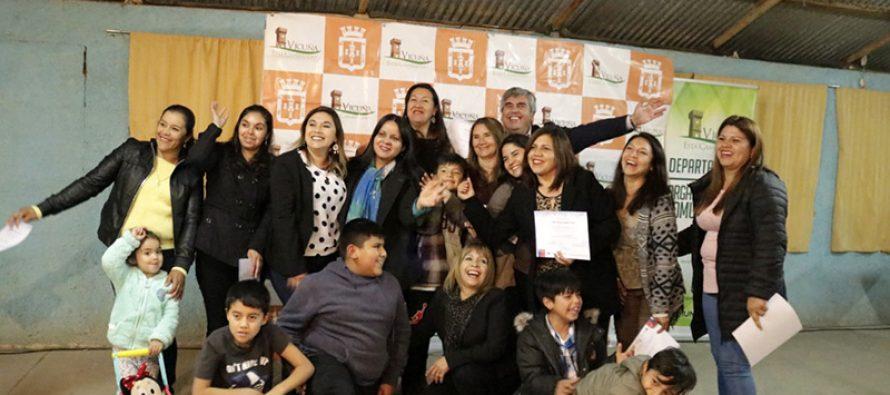 Mujeres de Lourdes recibieron capacitación y certificación en alfabetización digital