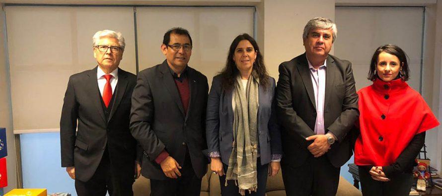 Directora Nacional de Sernatur y Presidente de la AMTC comprometen convenio por el turismo