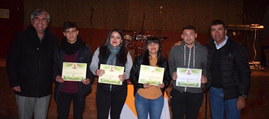 Club deportivo Villaseca celebró su aniversario 41 junto a sus futbolistas, socios y familias