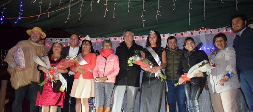 Lourdes finalizó su carnaval de invierno con coronación de su reina y presentaciones artísticas