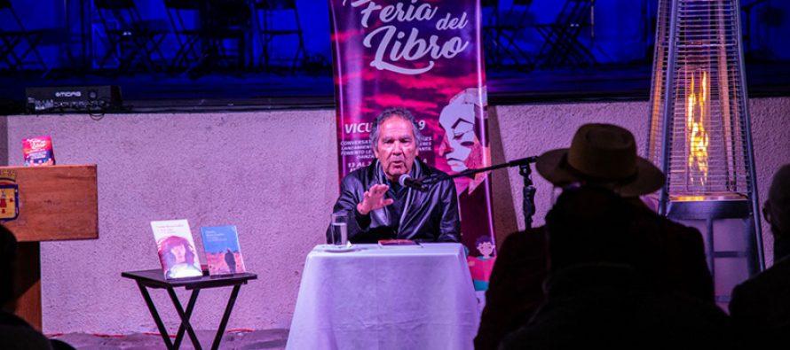 Con Hernán Rivera Letelier comenzó la Feria del Libro de Vicuña