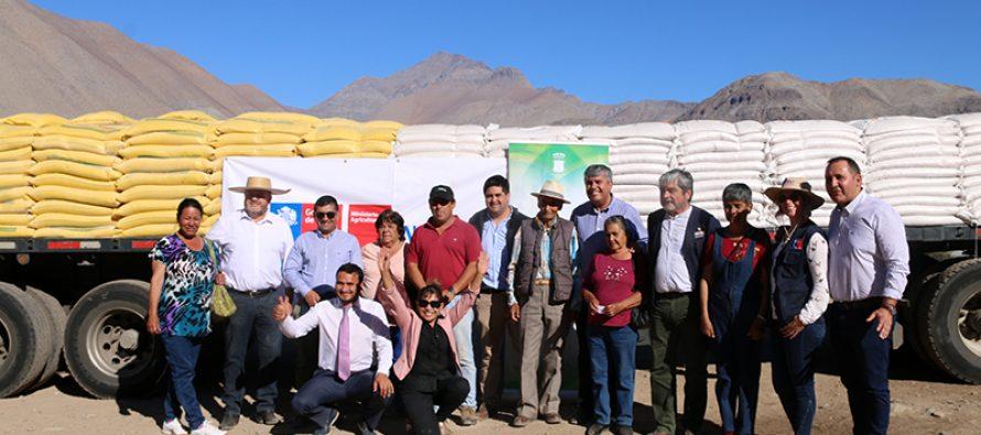 Campesinos y pequeños agricultores reciben ayuda debido a la sequía