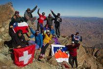 Cumbres Literarias: Instalan placas con la poesía de Gabriela Mistral en cimas de cerros de Vicuña