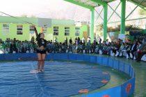 """""""Circo de Chuby"""" entretuvo a grandes y chicos en colegio Edmundo Vidal Cárdenas de Peralillo"""
