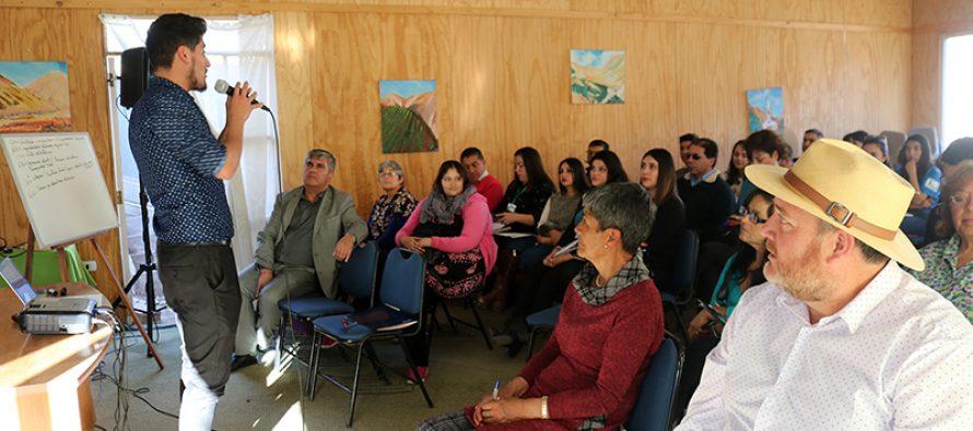 Funcionarios municipales de Vicuña recibieron capacitación relacionada con la inclusión