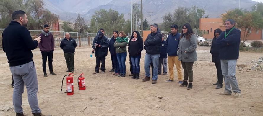 Personal de la Pampilla de San Isidro se prepara con profesionales ante las emergencias