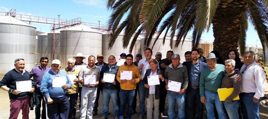 Productores pisqueros usuarios de INDAP reciben apoyo para mejorar sus procesos e infraestructura