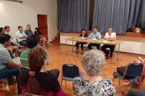 Dirigentes vecinales de Paihuano se reúnen con alcalde para analizar la situación social de Chile