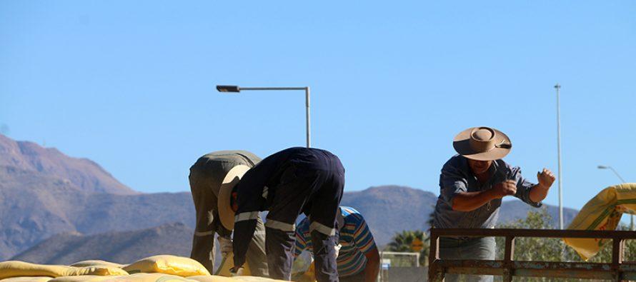 Agricultores y ganaderos recibirán ayuda para enfrentar consecuencias de la sequia