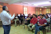 Pequeños regantes de Paihuano adquirieron nuevos conocimientos en charla sobre instrumentos de la Ley de Riego