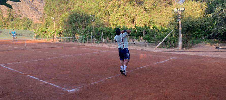 Copa de Tenis Canihuante juega su séptima versión con más de 30 deportistas
