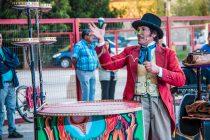 El Señor de los Trompos cerró su actuación en el Carnaval Elquino en poblaciones de Vicuña