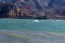 Instructor de kitesurf fallece intentando rescatar a su alumno en embalse Puclaro