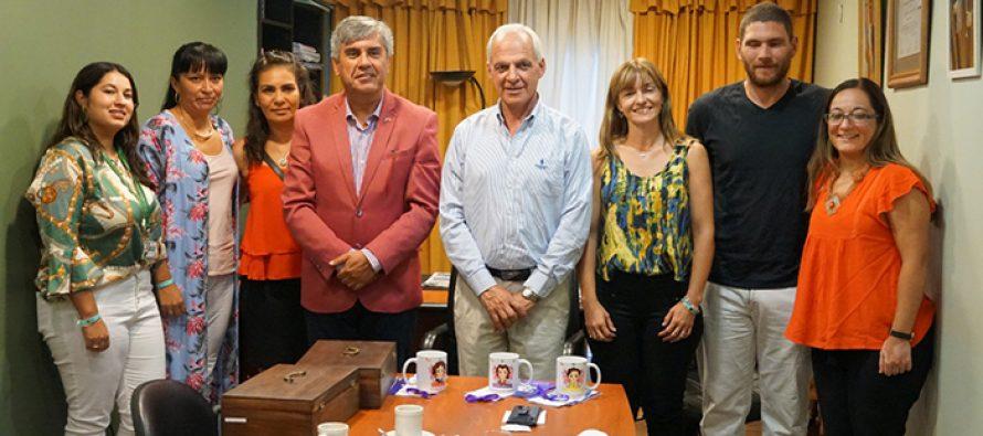 Dirigentas de Vicuña y de San Juan comparten experiencias y definen acciones en conjunto