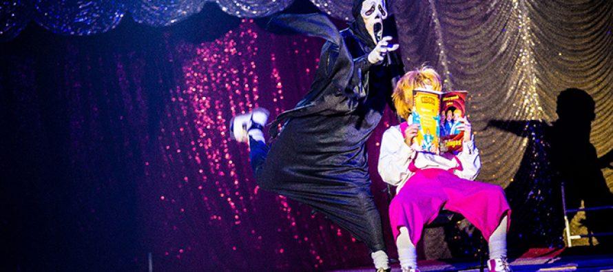 Con emoción se vivió la primera función del auto-circo Universal en Vicuña