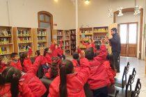 """""""Covita y su amiga Violeta"""": Entretención y educación contigente para niñas y niños en pandemia"""