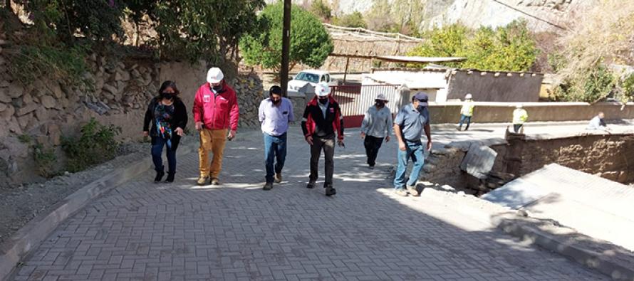 MOP afina últimos detalles de obras de pavimentación con adocretos en Huanta