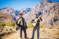 """Realizan sesión fotográfica para el 1er disco del  popular artista elquino """"El Chapilcano"""""""