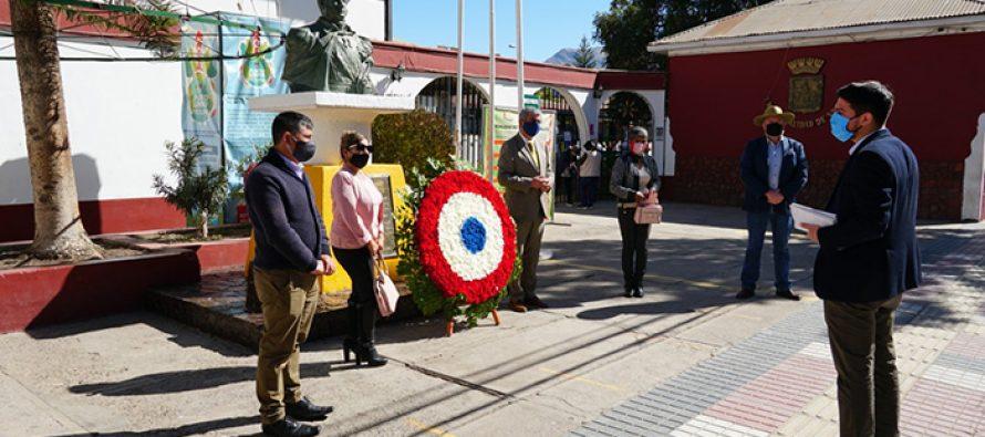 Vicuña honra los 242 años del natalicio de Bernardo O'Higgins con ofrendas florales