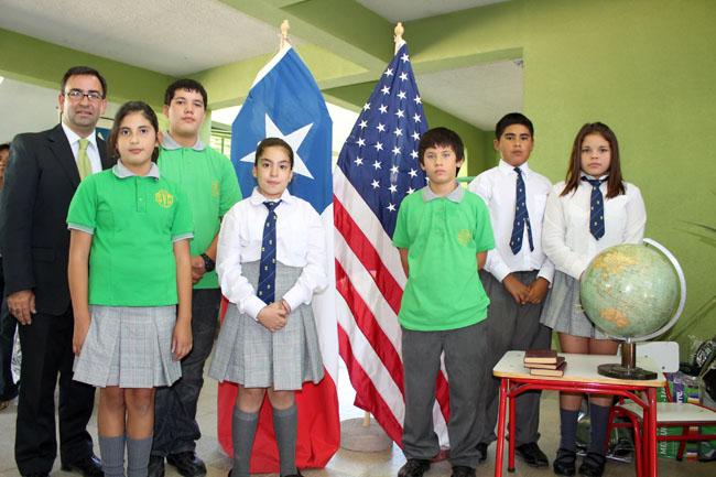 Photo of Profesor de escuela municipal de Vicuña postula para ser elegido el mejor docente del país