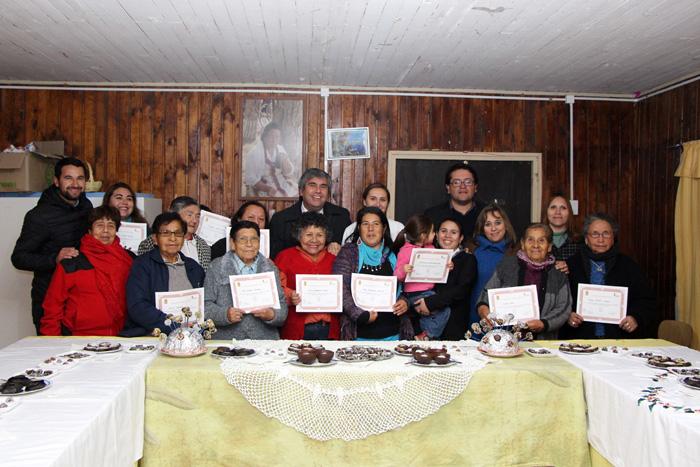 Photo of Mujeres de agrupación Brisas Elquinas planifican feria de chocolatería luego de taller municipal