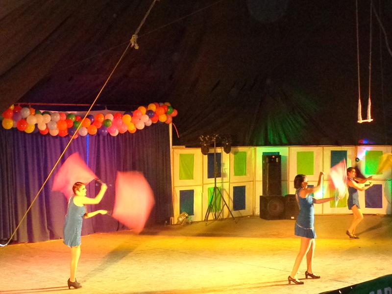 """Photo of Con gran circo finaliza Carnaval de Invierno """"Frigol"""" en Pisco Elqui"""
