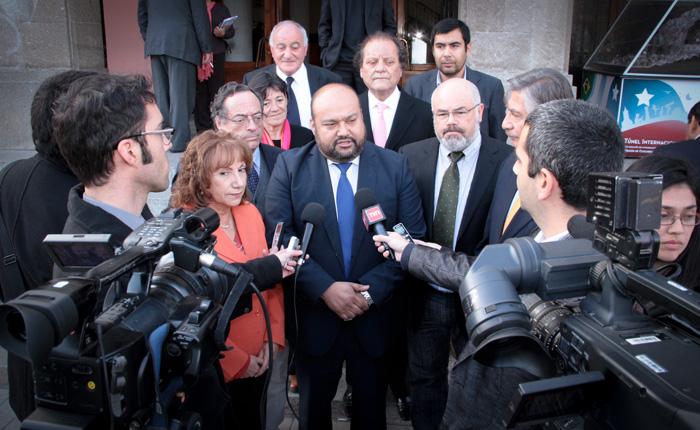 Photo of José Montoya es elegido el nuevo presidente del Consejo Regional