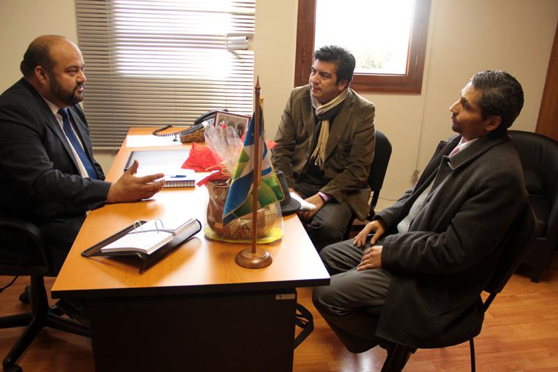 Photo of Presidente del Consejo Regional se reunió con  dirigentes del Partido Liberal
