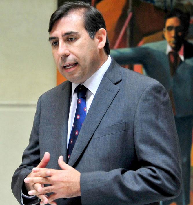 Photo of Gahona insiste en eliminación o rebaja del Impuesto Específico a los Combustibles
