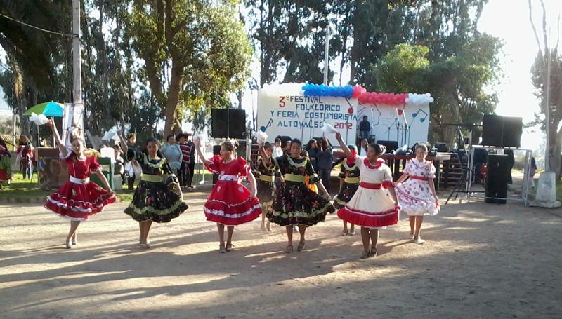 Photo of Festival Folclórico 2014 busca rescatar las tradiciones y atractivos de Altovalsol