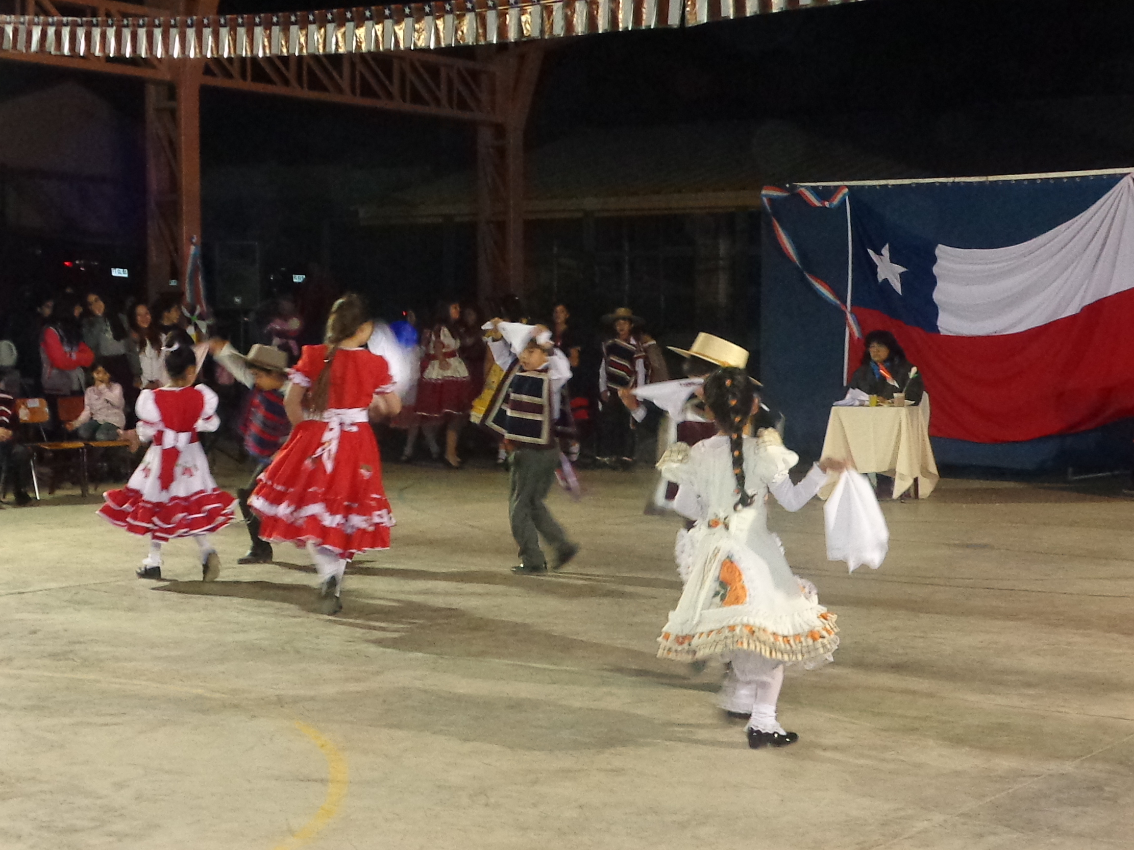 Photo of Escuela Gabriela Mistral selecciona a sus representantes para Muestra Comunal de Cueca