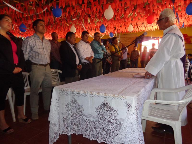 Photo of Con oficio religioso Club Deportivo Alianza festejó sus 61 años de vida