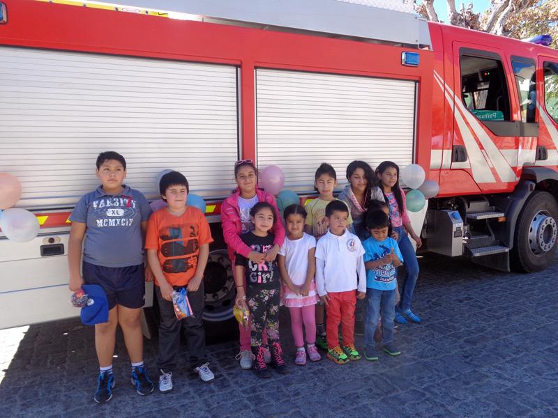 Photo of Niños y  niñas disfrutaron en la celebración de su día con Bomberos de Paihuano