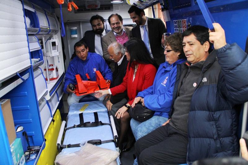 Photo of Vicuña recibe la esperada ambulancia para los servicios de urgencia del Valle del Elqui