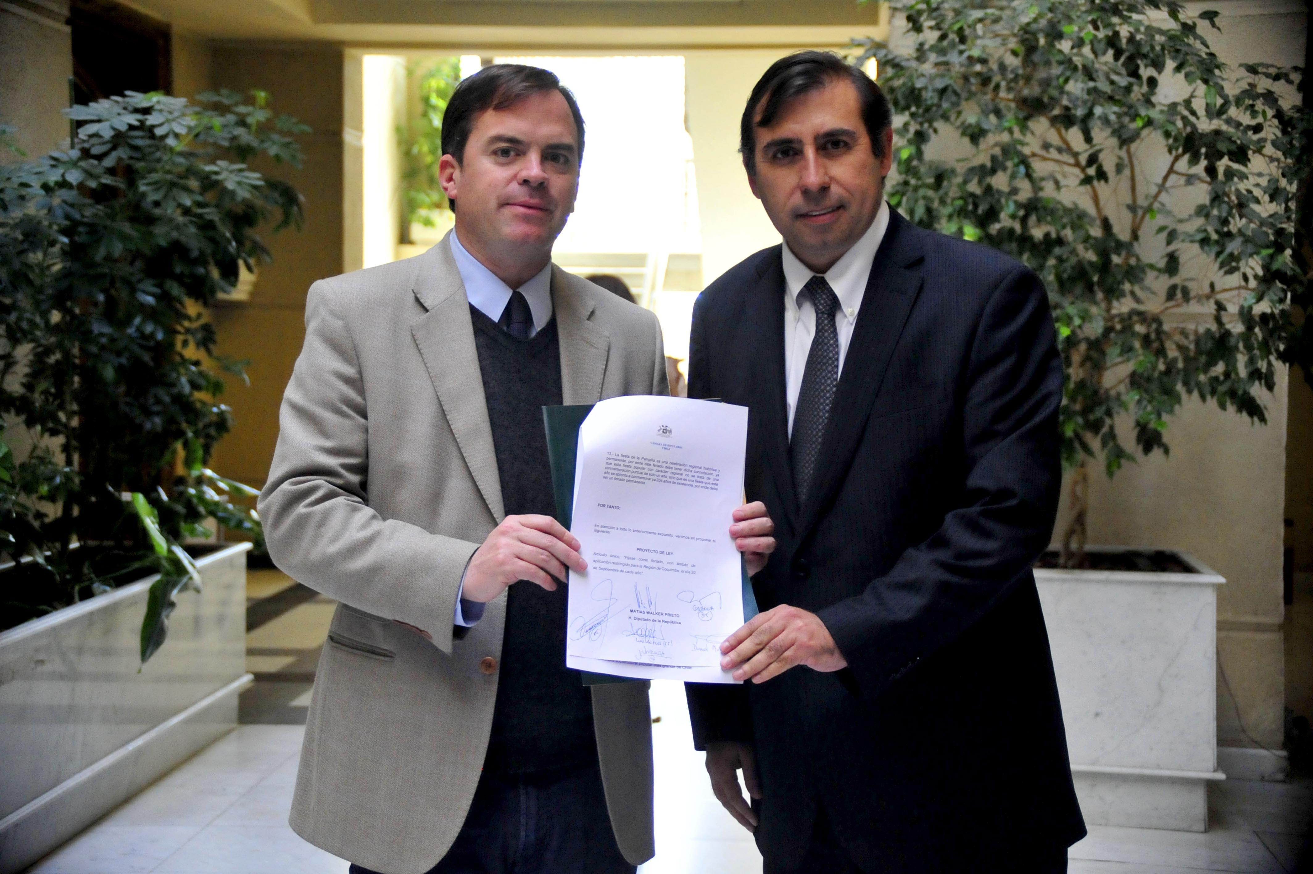 Photo of Diputados UDI y DC insisten en decretar el 20 septiembre de cada año como feriado