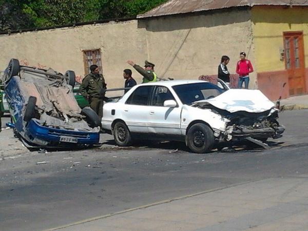 Photo of Un conductor de Peralillo en estado de gravedad en accidente de Avenida Las Delicias