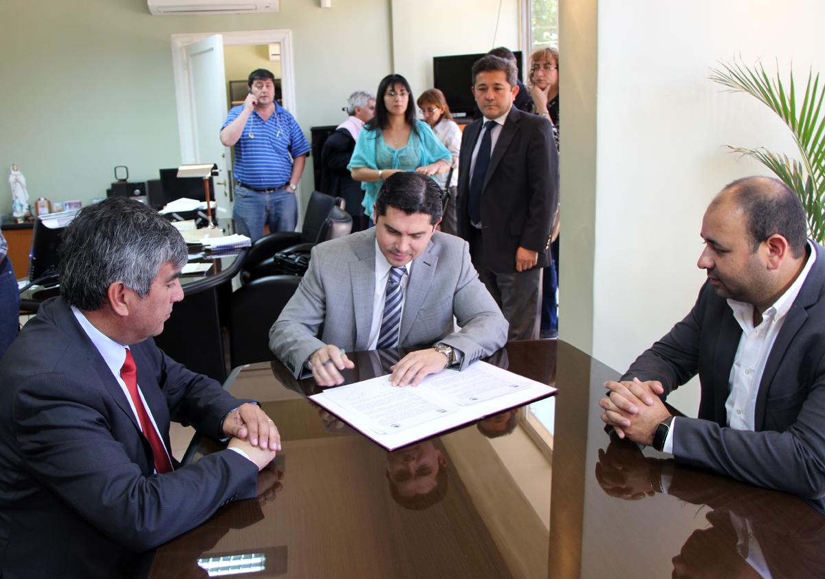 Photo of Vicuña y Santa Lucia trabajan en la integración a través de convenio entre municipios