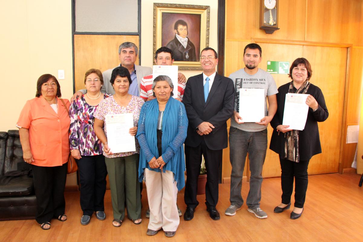 Photo of Cuatro instituciones de la comuna de Vicuña reciben recursos Presidente de la República