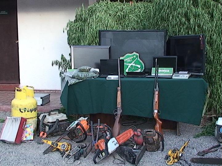 Photo of Incautan 78 matas de marihuana, armamento y especies robadas en domicilio de Lourdes