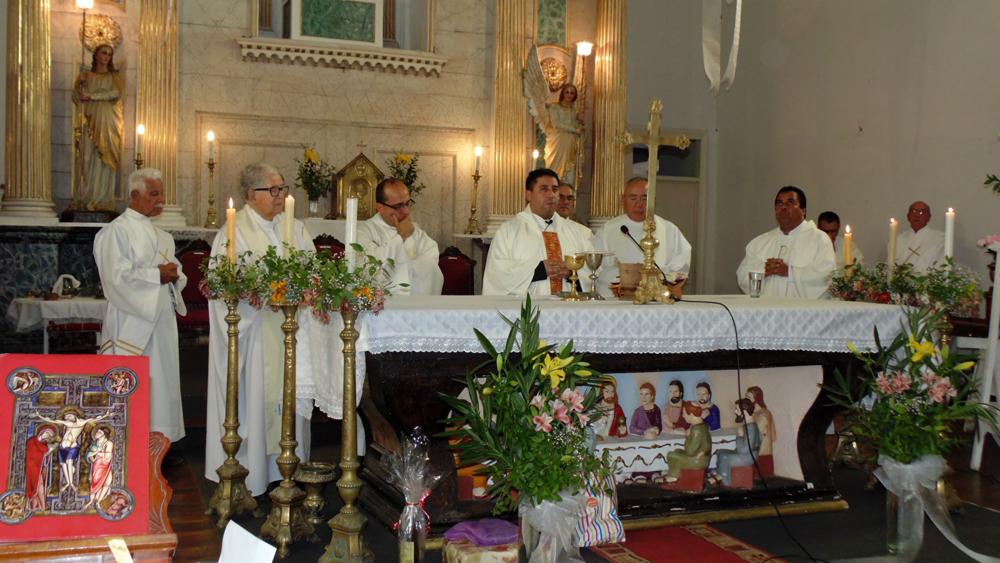 Photo of Asume nuevo párroco en Diaguitas con la presencia del Arzobispo de La Serena