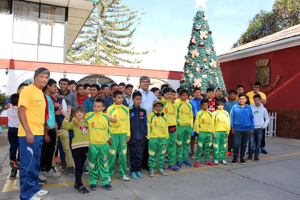"""Photo of Jóvenes vicuñenses participan en el campeonato """"Haciendo Amigos"""" en Santiago"""